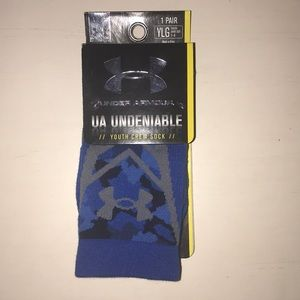 Youth Under Armour Undeniable Socks YLG size 1-4